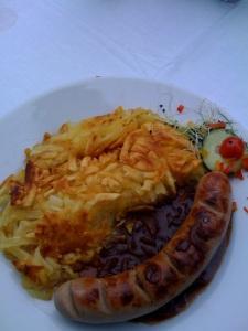 Bratwurst mit Rösti