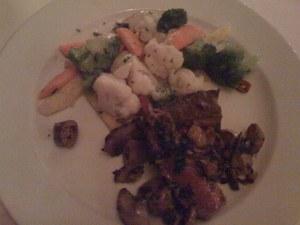 Hirschentrecote mit Gemüse