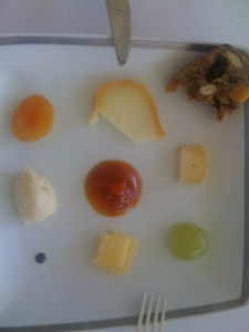 Selection of portugese cheese with pumpkin jam and fruit bread