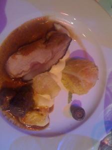 Rigiblick - Wollschweintranche und Wollschweinragout mit Kartoffelstock und Wirsing-Kürbisköpfli